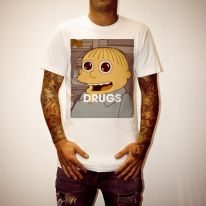 DRUGS RALPH WHITE TEE